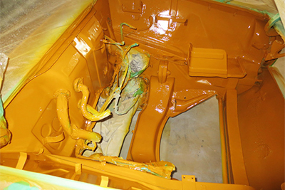 エンジンルーム内塗装