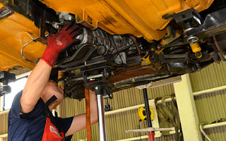 永年アルファロメオに精通してきた専門スタッフのみで運営する認証工場