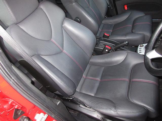 アルファ156TI 2.5 V6 Qシステム