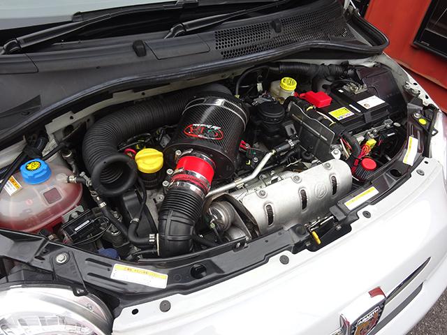 アバルト500 5速MTベースグレード