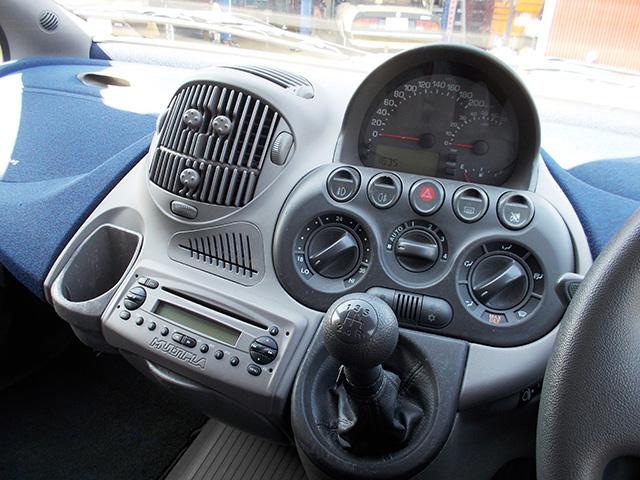 フィアット 前期型ムルティプラ ELX