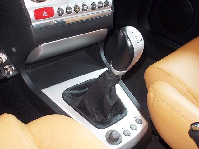 アルファ156スポーツワゴン 2.0JTS(左ハンドル/5MT)